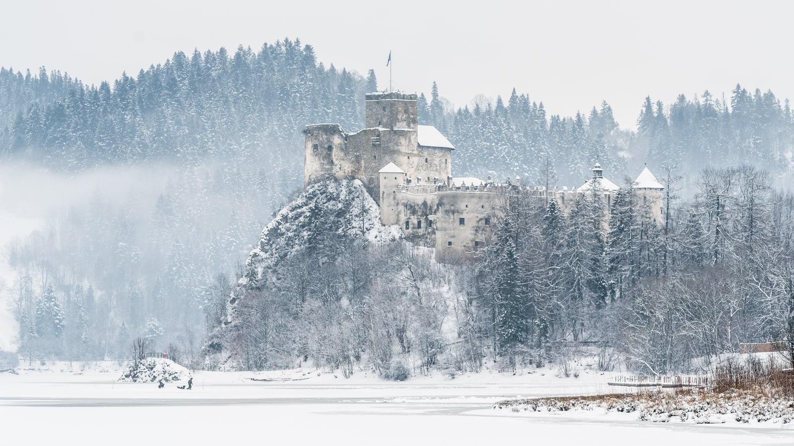 Zamek Dunajec - Niedzica, miejsce na zimową sesję ślubną