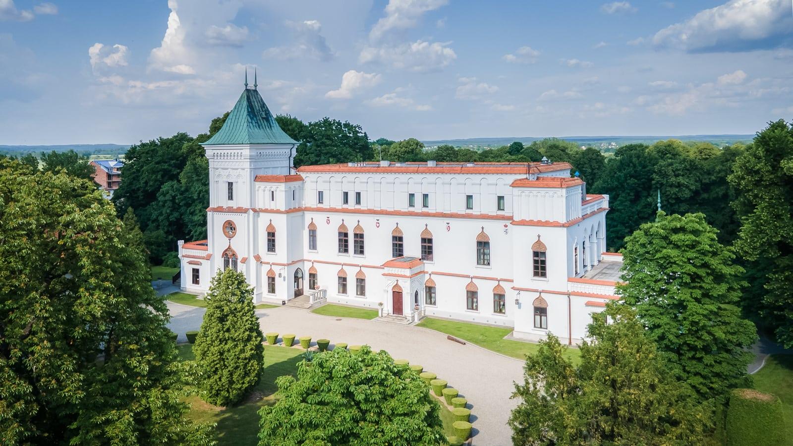Zamek w Przecławiu, miejsce na plener ślubny