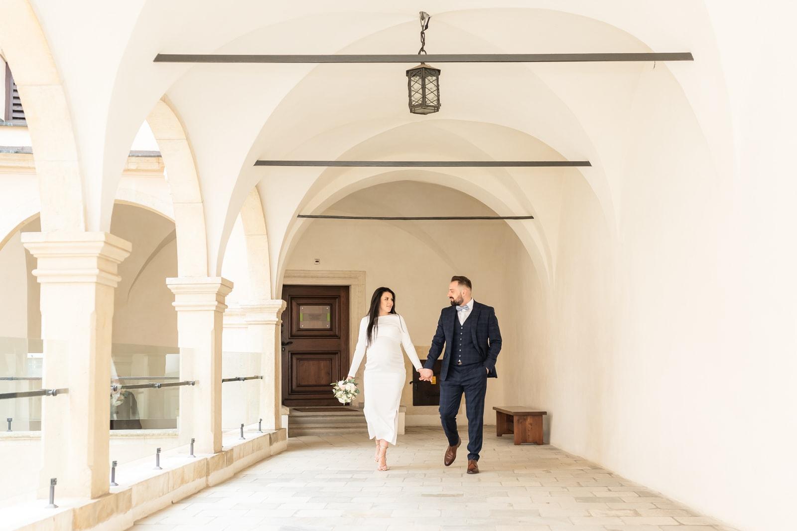 Sesja ślubna + ciążowa na zamku, Pieskowa Skała